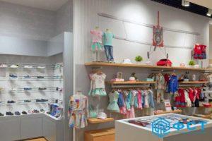 """Компания ФСТ. Портфолио работ. Торговое оборудование для магазинов детской одежды """"LAPIN HOUSE"""""""